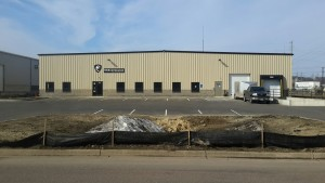 Front View of USA Knife Maker, Metal Warehouse in Mankato, Minnesota